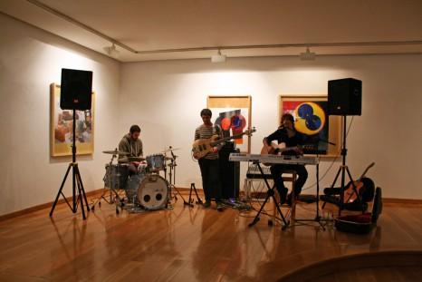 Concierto de Garamendi en la galería de arte Juan Manuel Lumbreras. Mayo 2013.